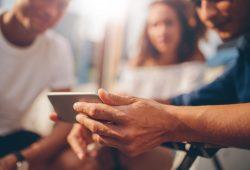Creating compelling investor updates